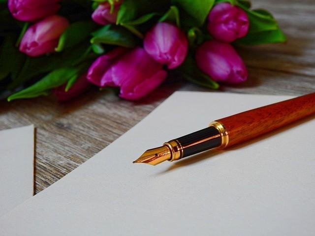 pióro, kwiaty, list
