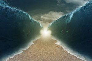 rozstąpione morze